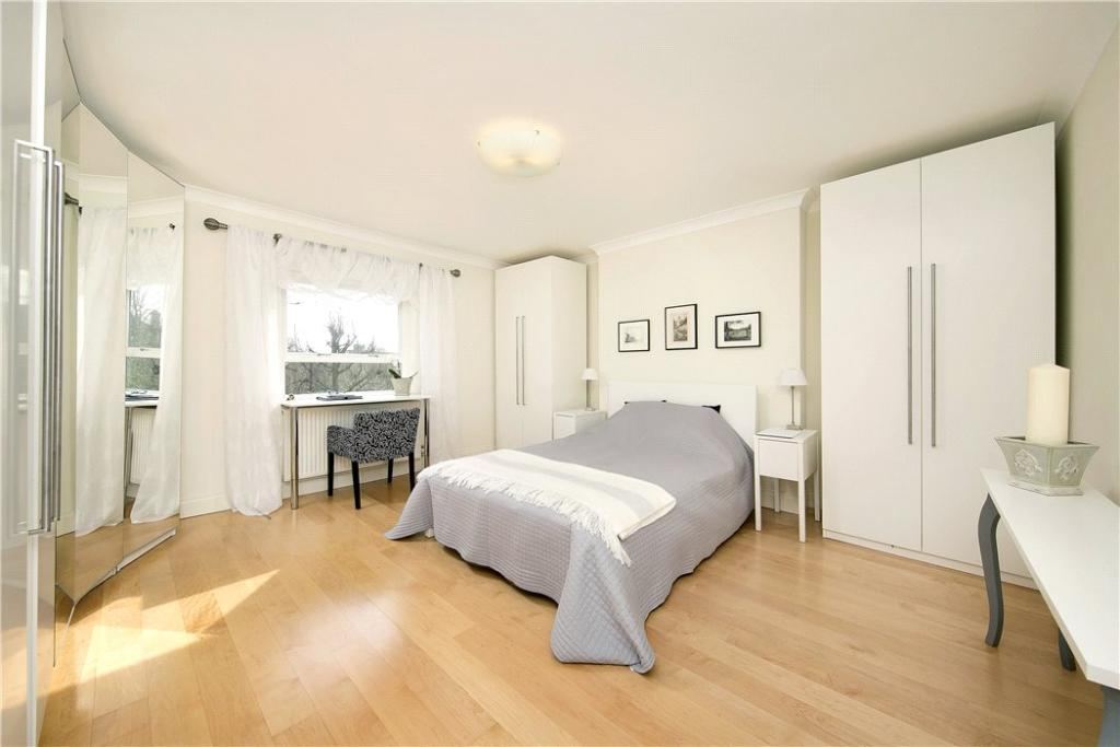 3 Bed For Sale Tw10