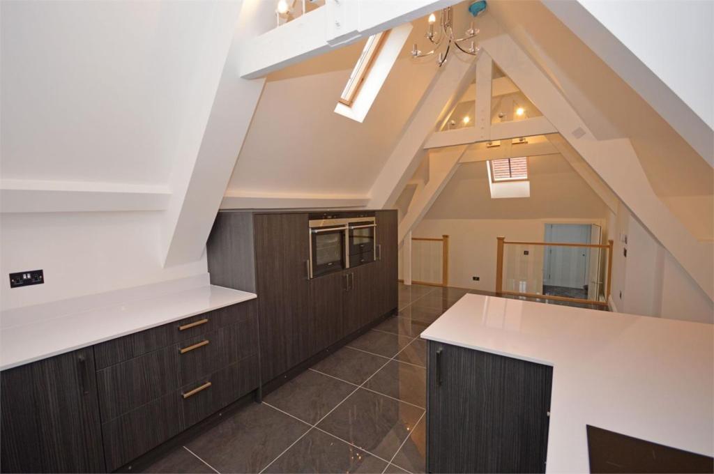 3 Bedroom Apartment For Sale In 12 Pearse House Birchwood Mews Bishop 39 S Stortford Cm23