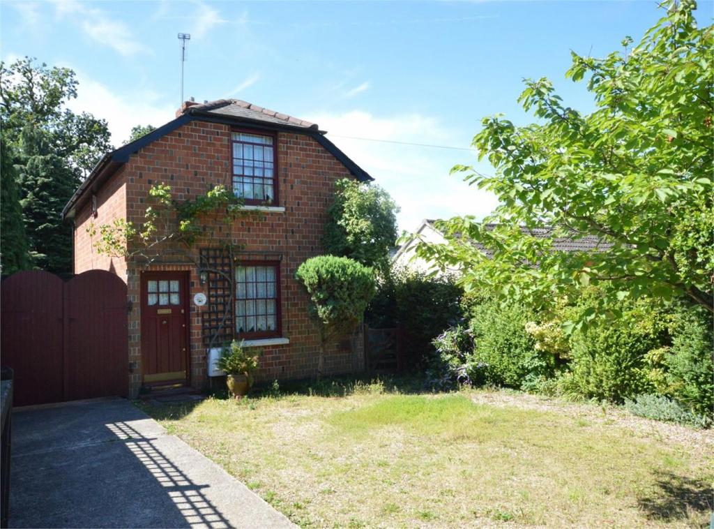 2 Bedroom Detached House For Sale In Red Brick House