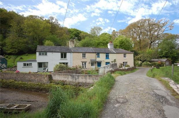 2 Bedroom Cottage For Sale In Trees Lerryn Cornwall Pl22