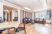 2 bed Flat for sale in PORTSEA HALL...