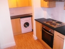 Maisonette to rent in Commerical Street...