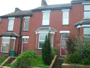 2 bedroom Terraced house in Barrack Hill