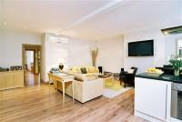2 bed Flat in ELVASTON MEWS...