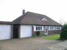 2 bed Detached Bungalow in The Circuits, Pinner