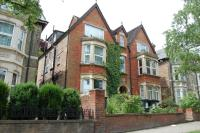 Studio flat in Clapham Road, Bedford...