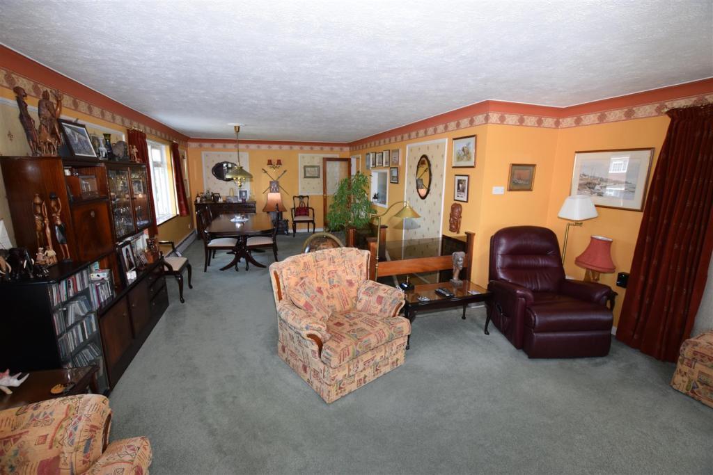 First Floor Lounge/D