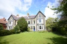 7 bedroom semi detached house in Elm Bank...