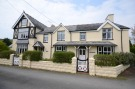 6 bed Detached property in Llys Iwan & Hendre Gwyn...