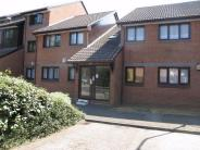 2 bed Ground Flat in Crucible Close...