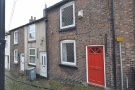 Terraced home to rent in River Street...