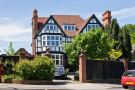 7 bed Detached property in Westbury Road...