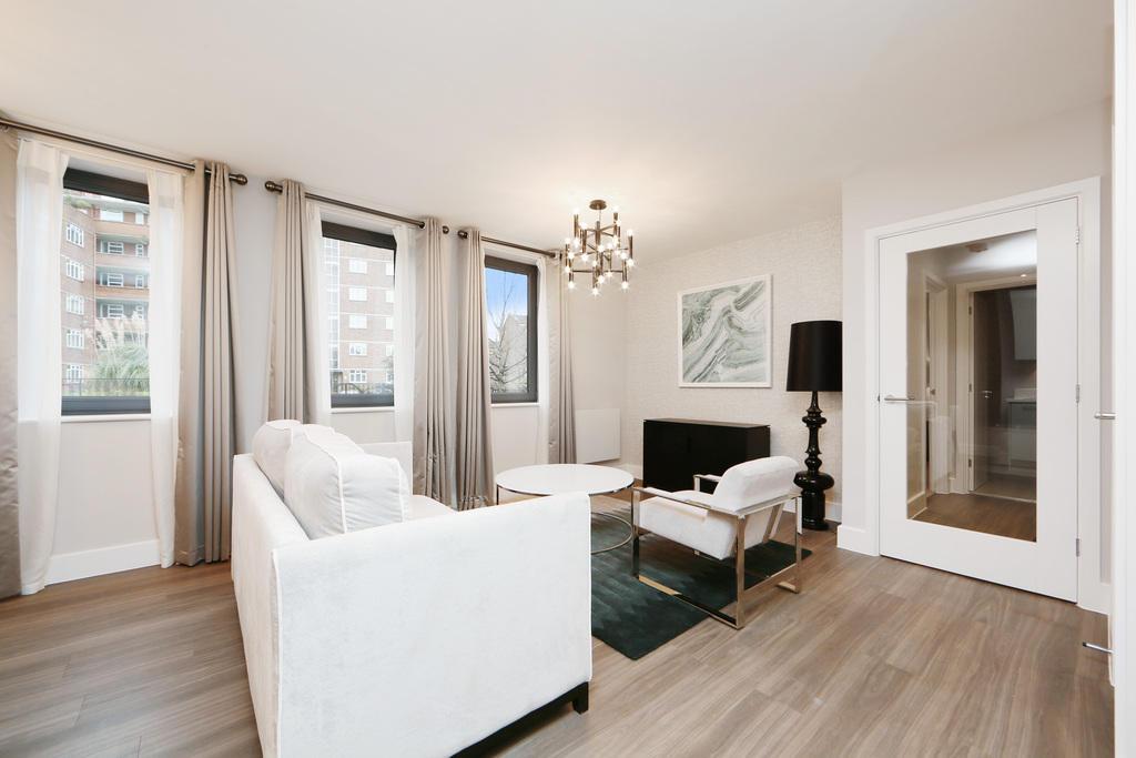 1 bedroom ground floor flat to rent in kingston hill