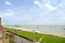 5 bedroom Detached home for sale in Beacon Drive, Selsey...