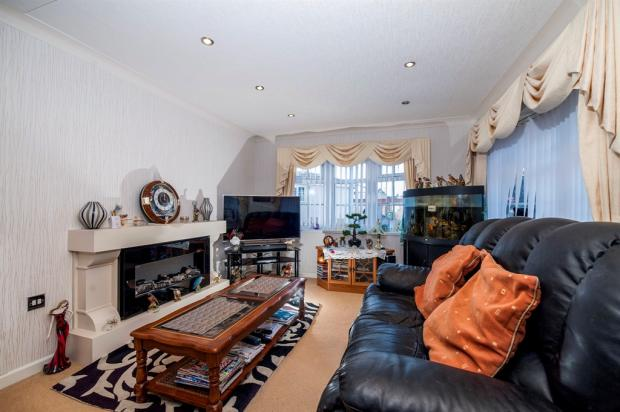 3 Bedroom Park Home For Sale In Old Newton Road Bovey
