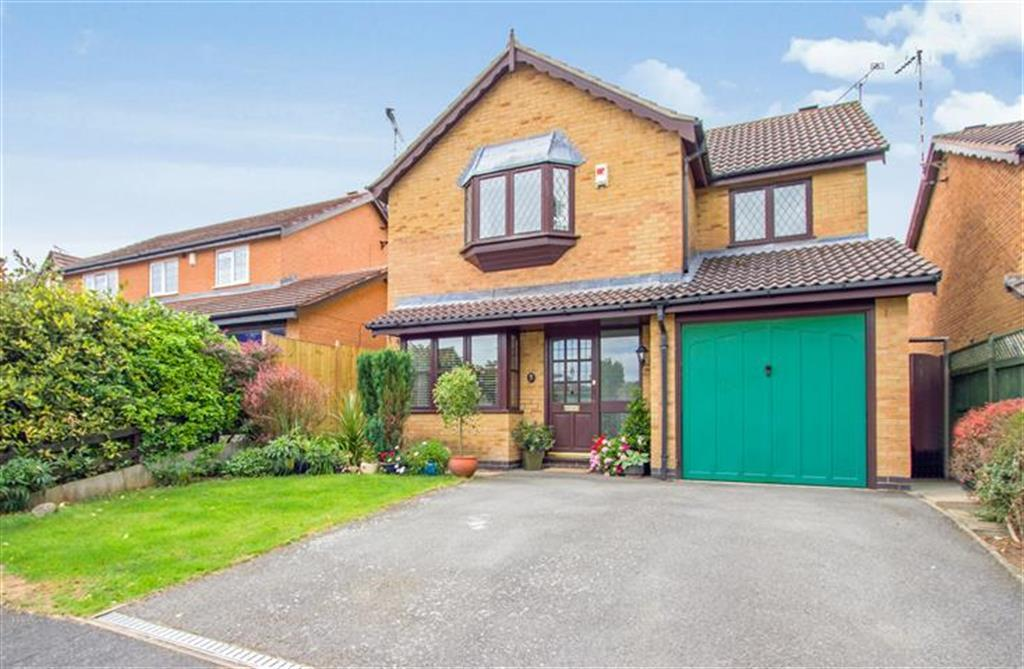 4 bedroom detached house for sale in