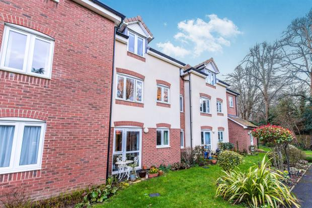 1 Bedroom Apartment For Sale In Culliford Road North Dorchester Dt1