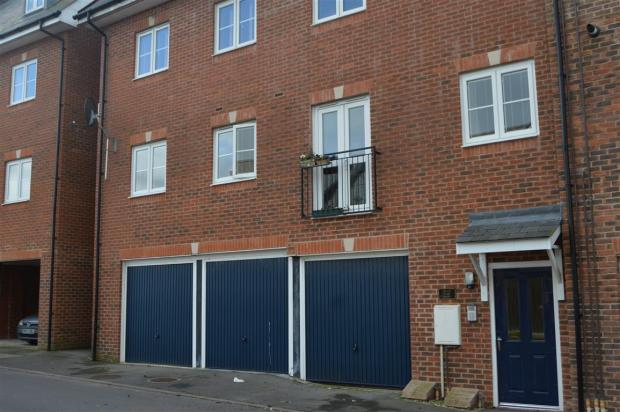 1 Bedroom Apartment For Sale In Poets Way Dorchester Dt1