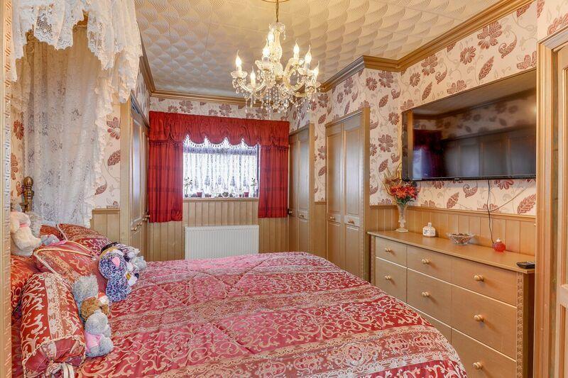 Bedroom One (downstairs)
