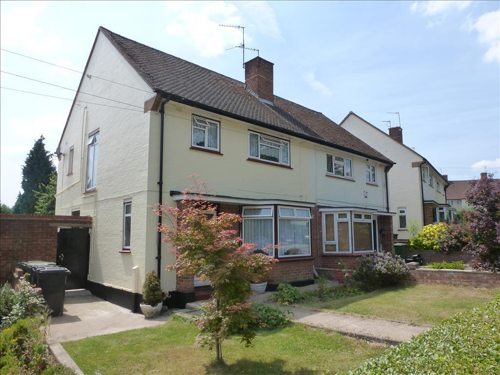 Property For Sale In Horseshoe Lane Watford