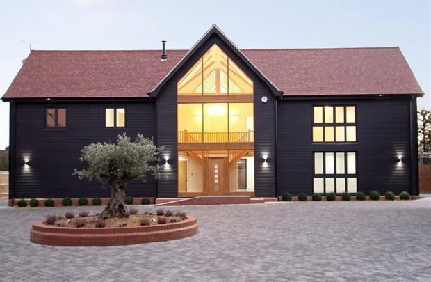 5 Bedroom Barn Conversion For Sale In Trenders Avenue Rayleigh Ss6