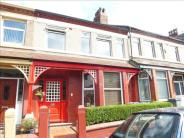 4 bedroom Terraced house in Roxburgh Avenue...