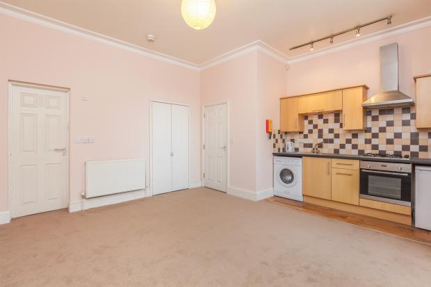 Bedroom / Living / Kitchen