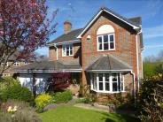 4 bed Detached home in Wilsford Close...