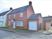 4 bedroom Detached property in Tuscan Road, Swindon