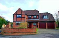 5 bed Detached house for sale in Orchid Close, Swindon