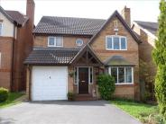 4 bed Detached property in Lodge Farm Chase...
