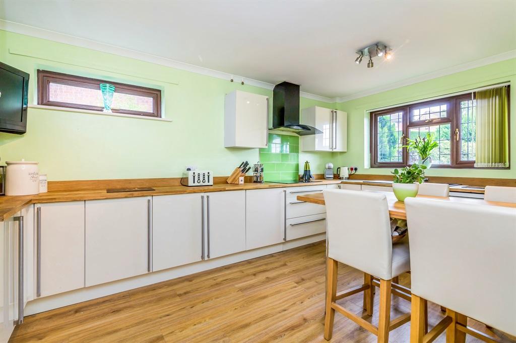 Refitted Kitchen Diner: