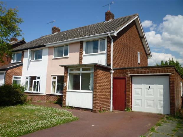 3 Bedroom Semi Detached House For Sale In Queens Road Vicars Cross Chester Ch3