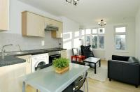 Apartment for sale in Upper Richmond Road West...