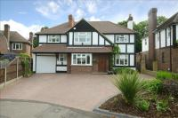 5 bed Detached house for sale in Hampton Grove, Epsom