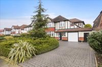4 bed Detached home for sale in Blakes Avenue, Old Malden