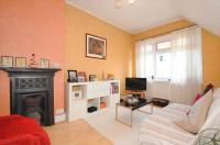 1 bed Flat for sale in Westwell Road, Streatham