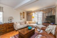 2 bedroom Flat for sale in Shepherds Bush Road...