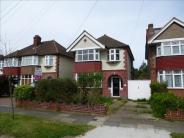 3 bed Detached house in Manor Drive North...