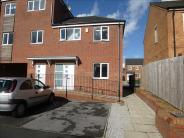 2 bedroom Maisonette for sale in Swarcliffe Approach...