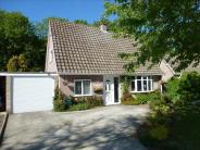 3 bed Bungalow in Fen View, Toftwood...