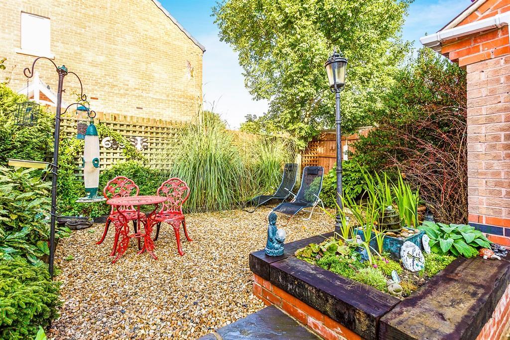 Outside & Gardens