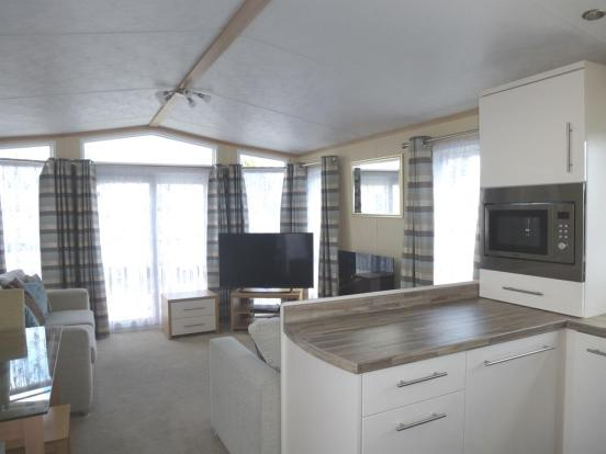 Living/dining Area/kitchen