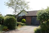 Detached Bungalow in Beaulieu Close...