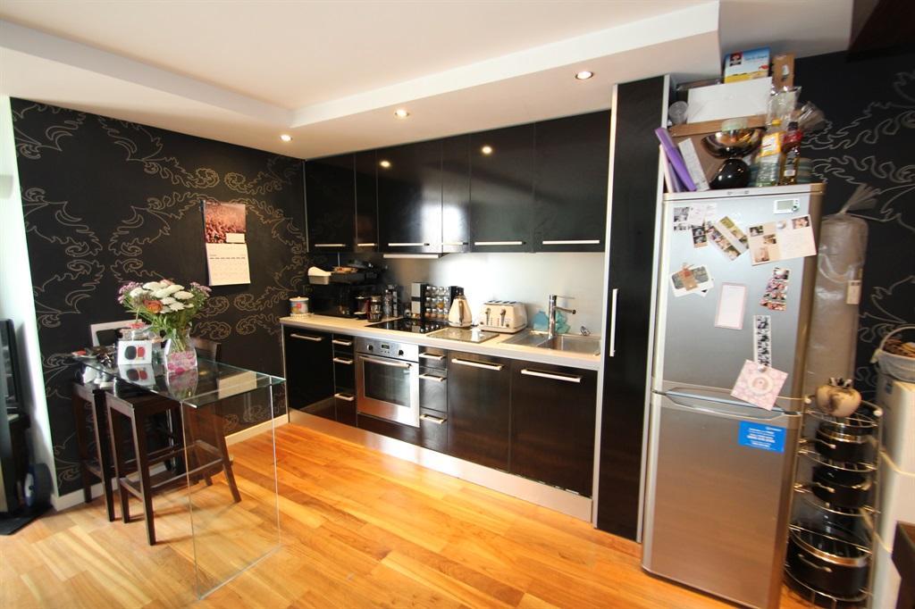 Lounge/kitchen/dining