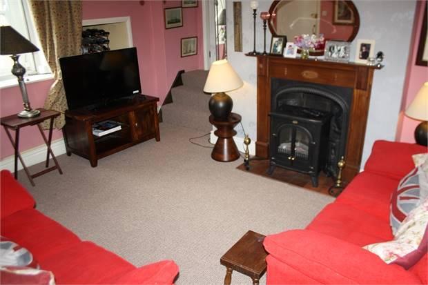 Flat (Living Room)