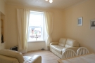 2 bedroom Ground Flat to rent in Queen St, Alva