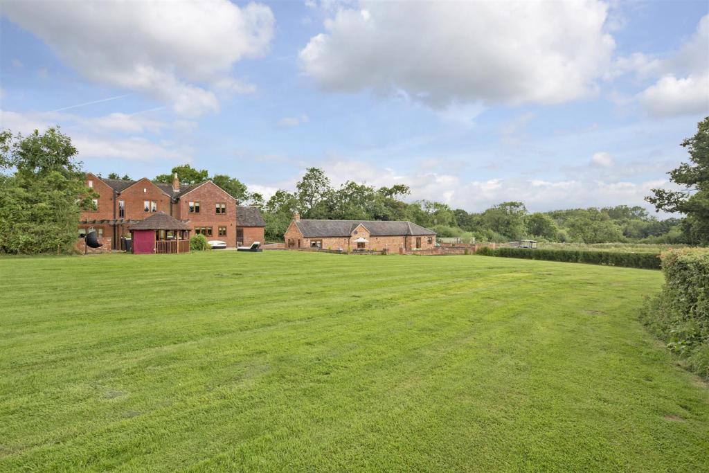 Lea Lane Farm fpz172