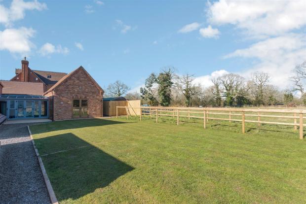 Birchy-Barns-30.jpg