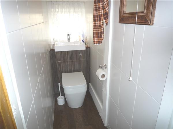 4 Bedroom House For Sale In Chargot Road Llandaff